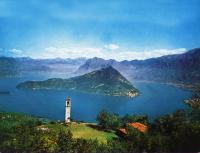 Monteisola nel mezzo del Lago d'Iseo