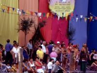 invasione alla mostra Ufficio Turistico
